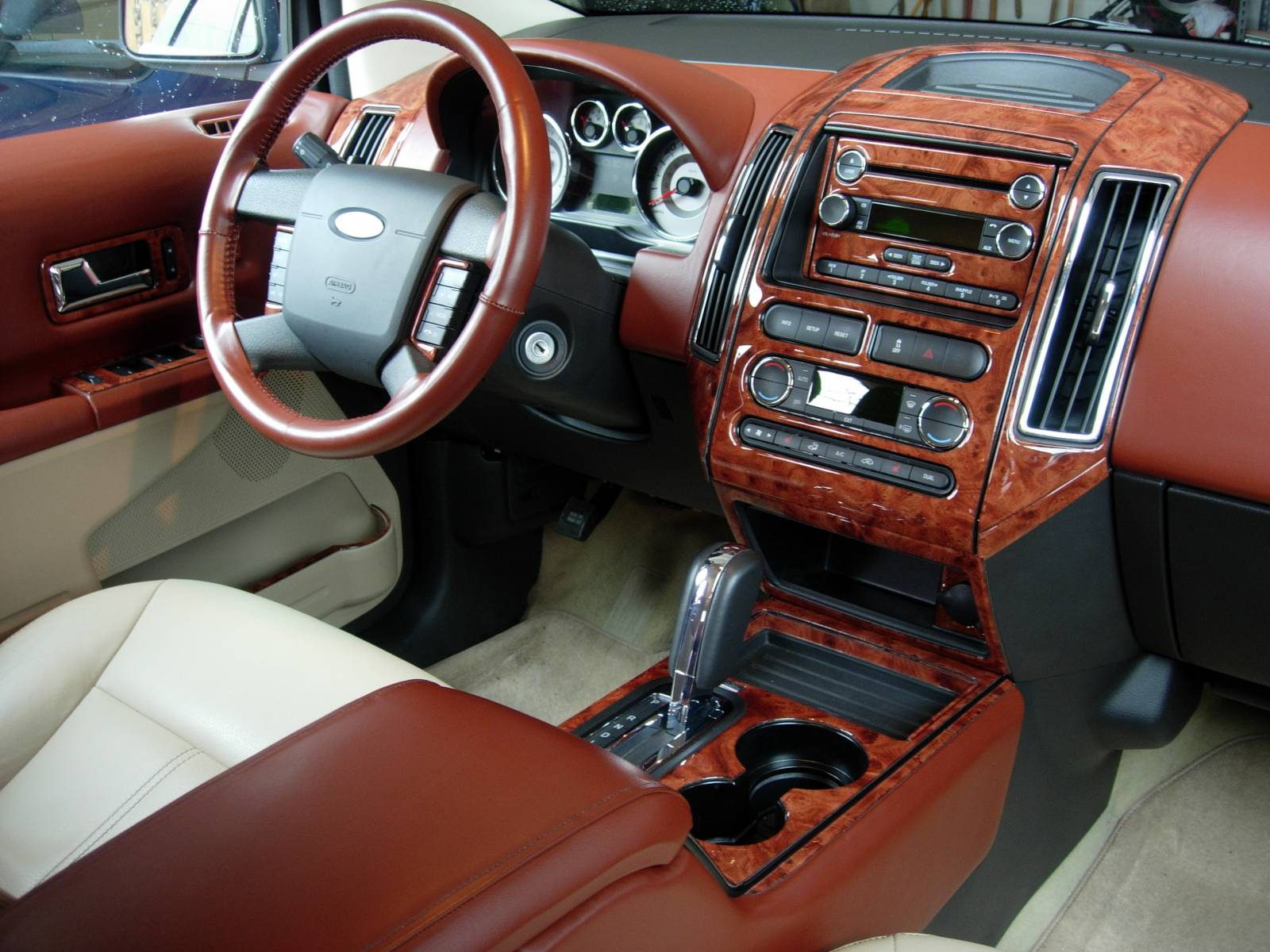 driver 39 s side ford edge custom leather and woodgrain. Black Bedroom Furniture Sets. Home Design Ideas