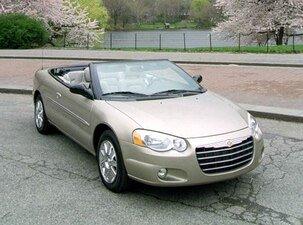 2004-Chrysler-Sebring-FrontSide_CRSEBCNV042_505x375.jpg